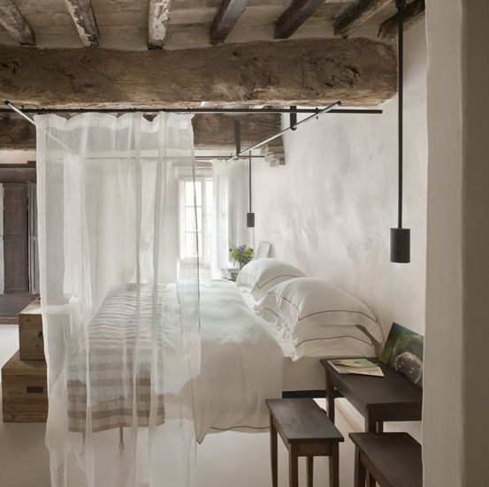 Sheer curtain as room divider Decorate the house with beautiful