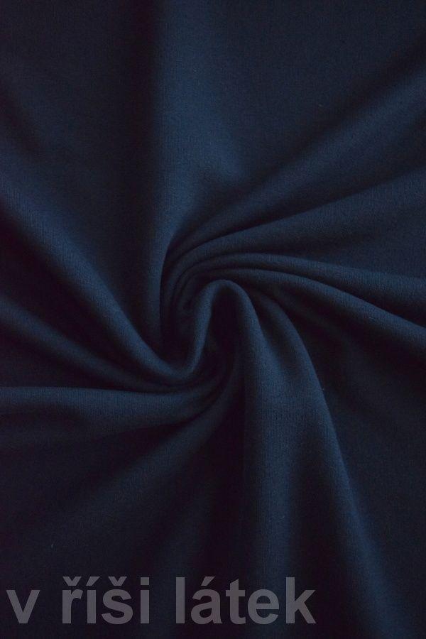 Teplákovina elastická počesaná černá - http://vrisilatek.cz/produkt/teplakovina-elasticka-pocesana-cerna/