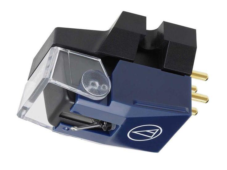 Műszaki adatok: Típus: VM Duál Mágnes Frekvencia átvitel: 20-23.000 Hz Csatorna elválasztás: 27 dB (1 kHz) Csatorna egyensúly: 1,5 dB (1 kHz) Vertikális követési szög: 23 fok Ajánlott Terhelési impedancia: 47 kOhm Ajánlott tűnyomás:1.8-2.2 g (2.0g ajánlott) Tekercs induktivitása: 460 mH (1 kHz) Statikus engedékenység: 35 x 10-6 cm / din Dinamikus engedékenység: 8 x [...]
