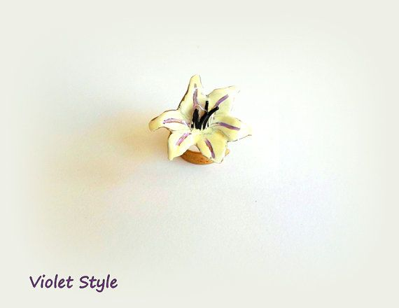 Handmade RING  White orchid made of brass by violettstyle on Etsy, €15.38