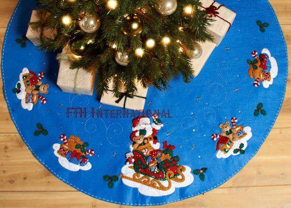 Bucilla Santa And His Sleigh 43 Felt Christmas Tree Skirt Kit 86362 This Is A Discontinu Felt Christmas Tree Christmas Tree Skirt Mini Christmas Tree