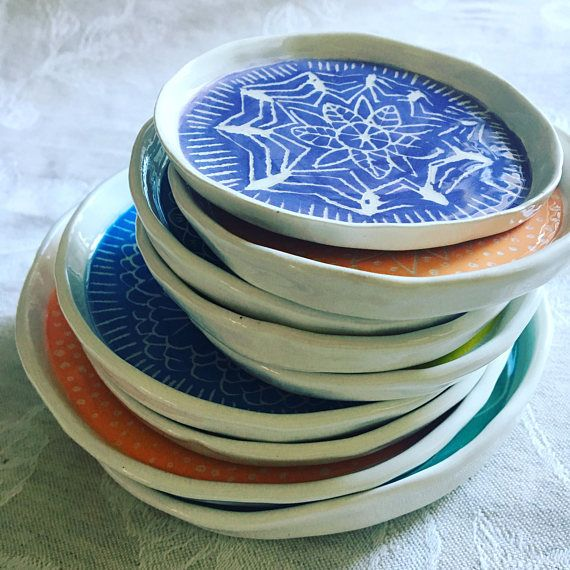 idea piattini in argilla  disegno mandala   fatti a mano da nigutindor