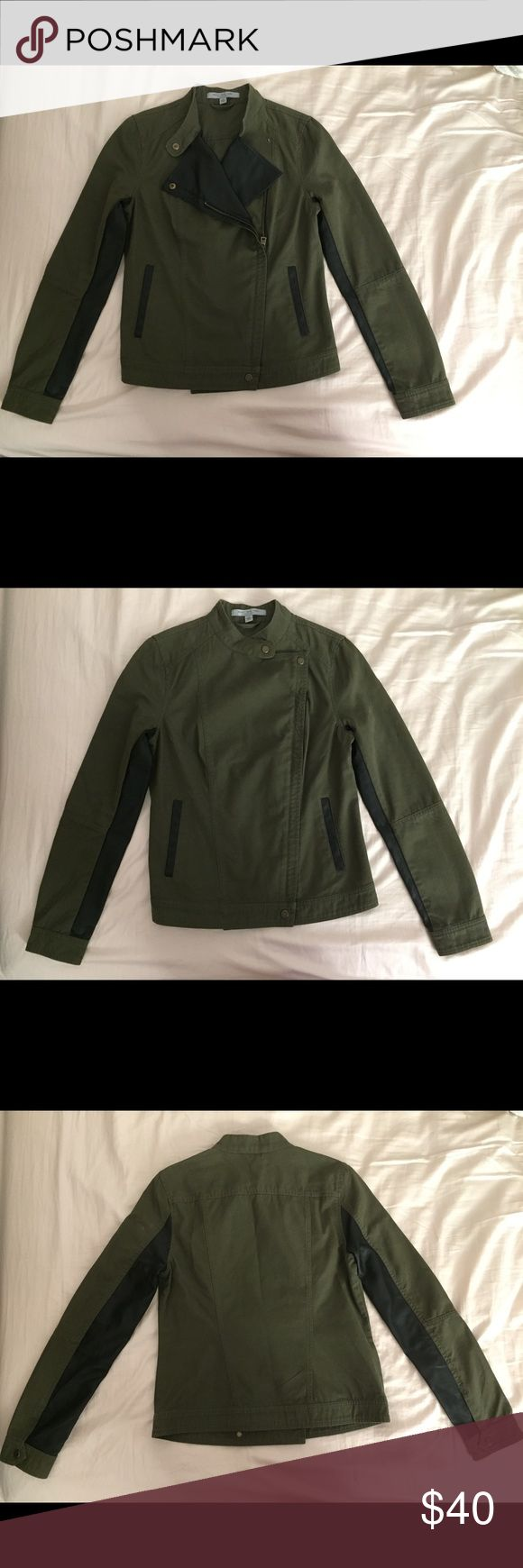 Excellent condition Andrew Marc green jacket Excellent condition Andrew Marc green jacket Andrew Marc Jackets & Coats