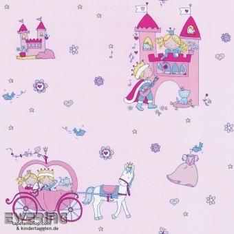 Eine Tapete mit Prinzessinnen lässt jeden Traum eines Mädchens wahr werden.