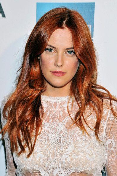 Riley Keough Long Wavy Cut - Riley Keough Hair - StyleBistro