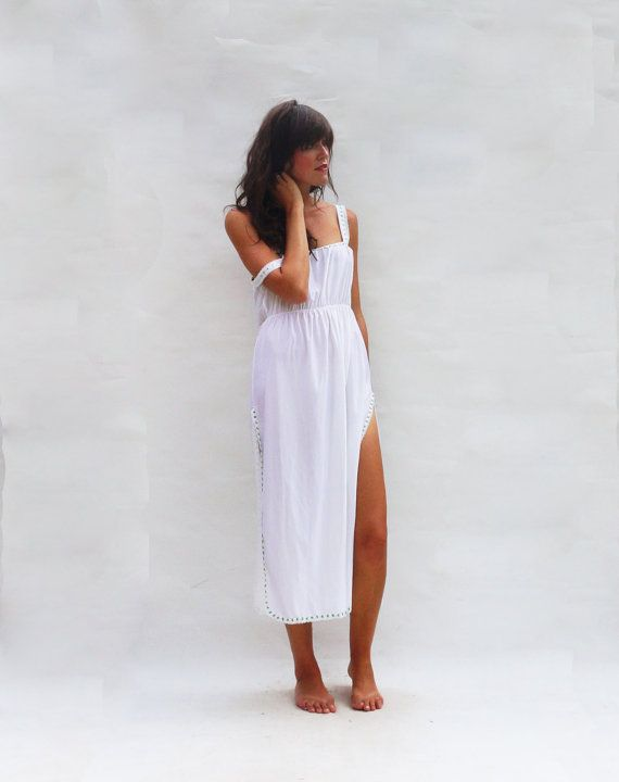 Long Nightdress, Bridal Nightgown, White Maxi Nighty, 70s Boho Floral Nightie, Vintage Slip Vintage Lingerie Womens Night Shirt, Bridal Slip