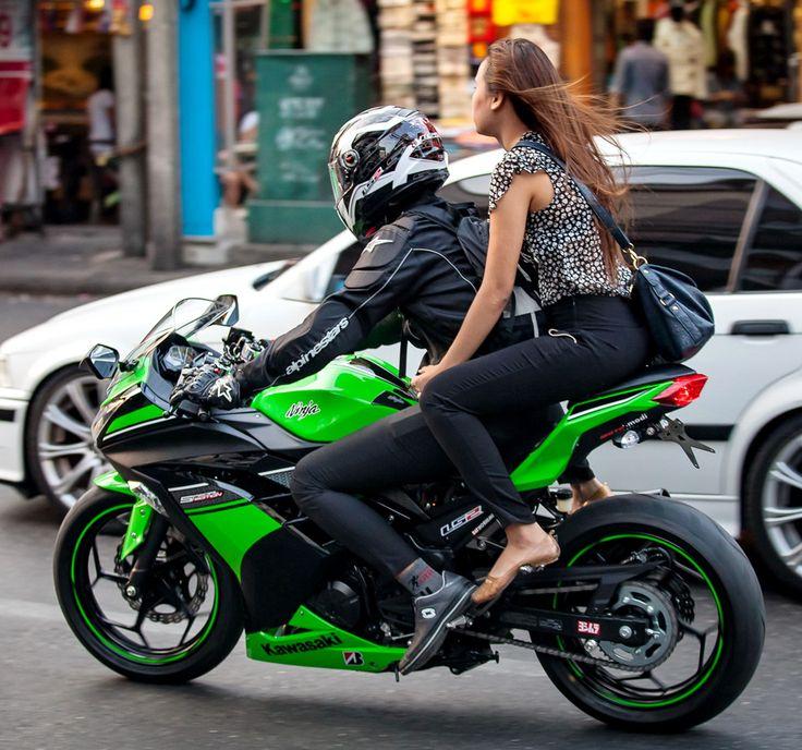thai girls on motorbikes