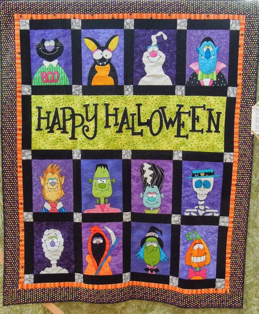 Happy Halloween quilt by Maryann Maiorana, design by Amy Bradley. Quilt Inspiration: Best of Halloween 2013: Part 4