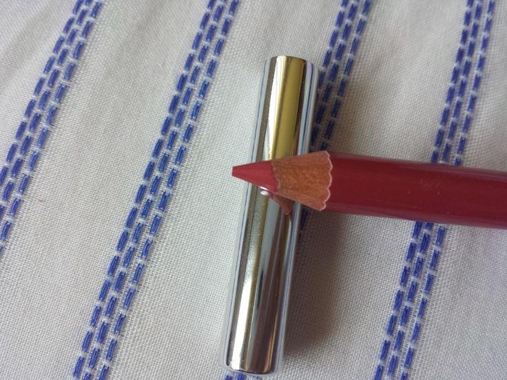 Beauty Snippets | October Violet Box #designerbrands #violetbox Join now www.violetbox.com.au & www.violetbox.co.nz