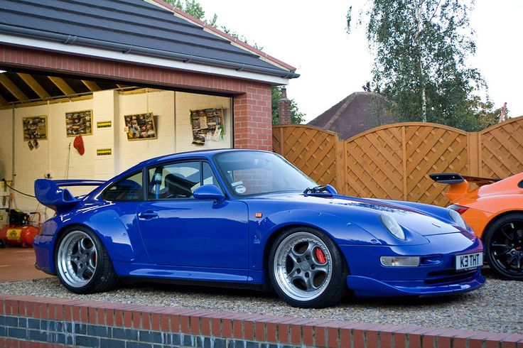 best 25 porsche 993 ideas on pinterest porsche 911 964 singer porsche and porsche 911. Black Bedroom Furniture Sets. Home Design Ideas