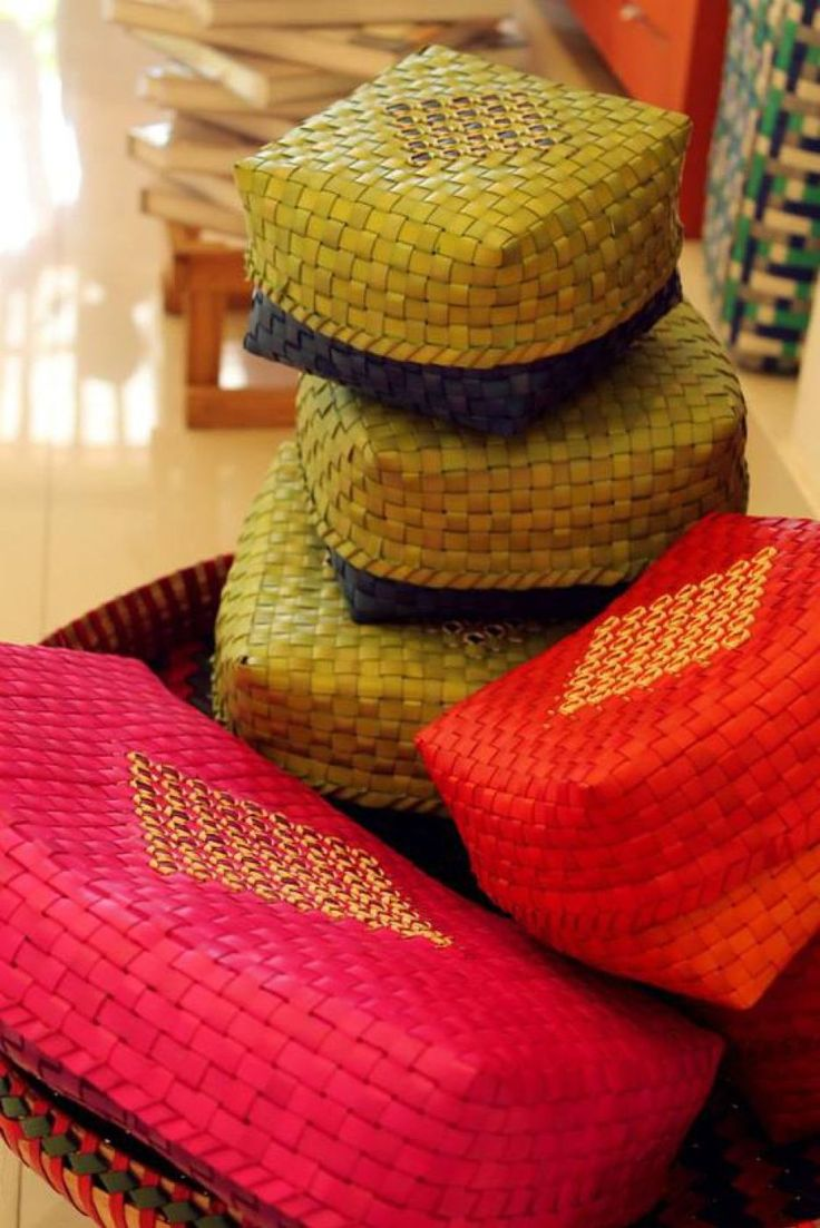 Colourful Chettinad inspired boxes - 18 Extremely Cute Wedding Favours- craftwed Best Wedding Halls In Bangalore  https://www.craftwed.com/18-extremely-cute-wedding-favours/