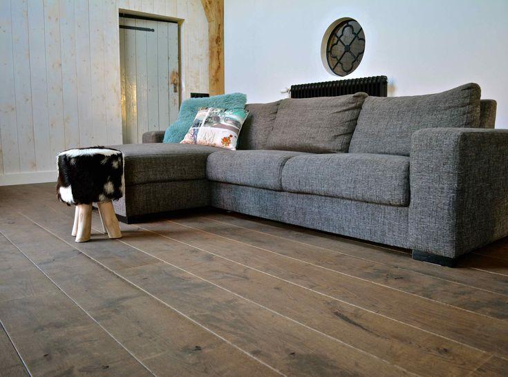 Verouderde eiken houten vloer