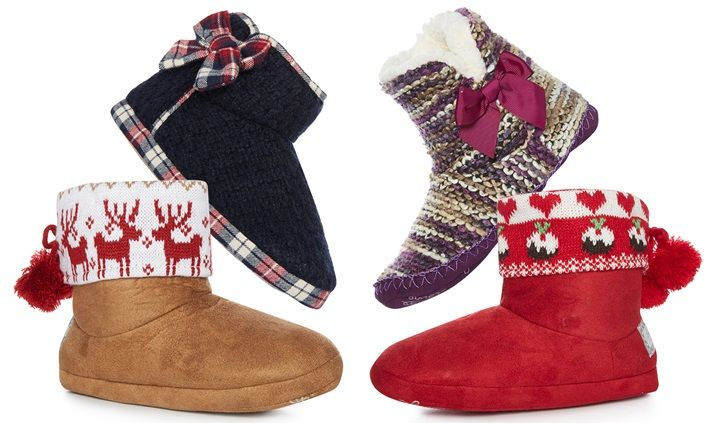 This Christmas you must be completely dressed up from head to toe. For your feet…