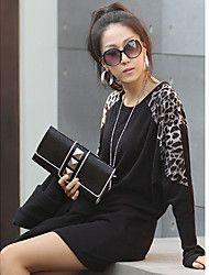 De las mujeres señoras de la manera del leopardo de la camiseta
