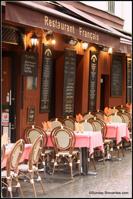 French cafe - Love these cafe chairs!