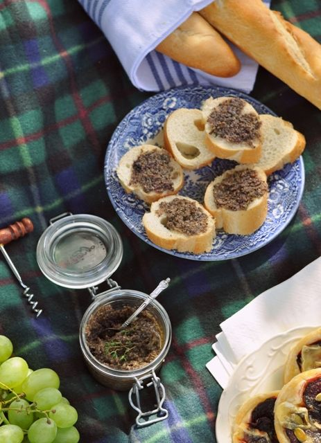 Tapenade with blackcurrant wine