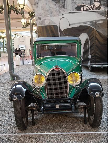 mus e national de l 39 automobile collection schlumpf mulhouse france cars from bugatti. Black Bedroom Furniture Sets. Home Design Ideas