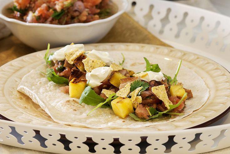 tortillalefser-med-svinekjott-og-ananas