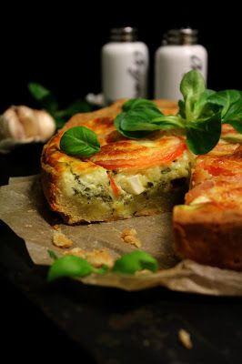 Kakkuviikarin vispailuja!: Välimerellinen kasvispiirakka