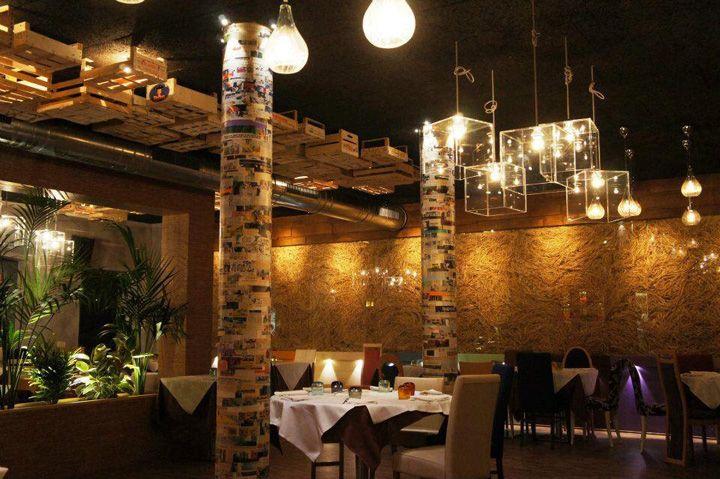 Pepperoni restaurant by andrea langhi reggio emilia italy for Restaurant reggio emilia