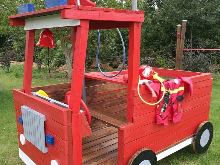 Feuerwehrauto für Spielplatz – Bauanleitung zum S…