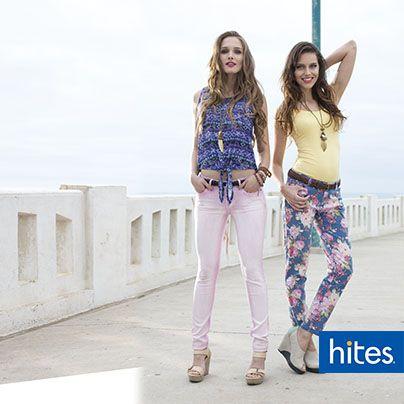 Disfruta este verano con la tendencia de pantalones floreados.