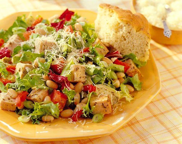 Bu da bir başka güzel Toskana Salatası.