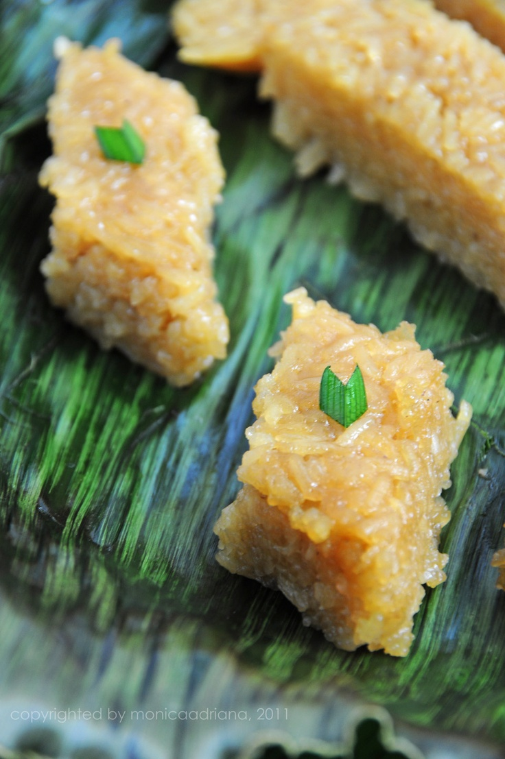 "Wajik (read: ""waa-jeek"") - Brown Sticky Rice Cake. Wajik literally means diamond shape. It is made of glutinous rice and flavored by caramelized palm sugar and coconut milk."