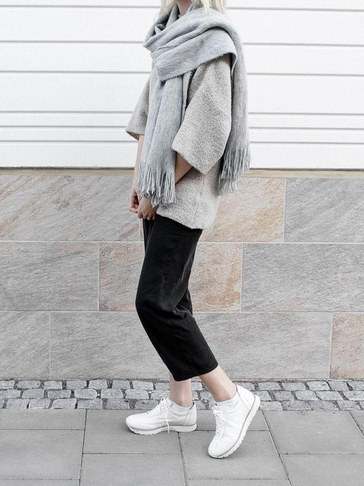 minimalist lifestyle goods delivered to you quarterly @ minimalism.co | #minimal #design #style