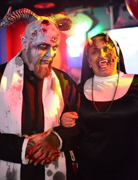 55 halloween costume ideas for couples - Couple Halloween Costumes Scary