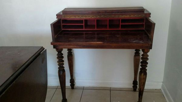 H E Shaw Furniture Company Walnut Spinet For Sale In Three Rivers Mi Furniture Companies Furniture Home Decor