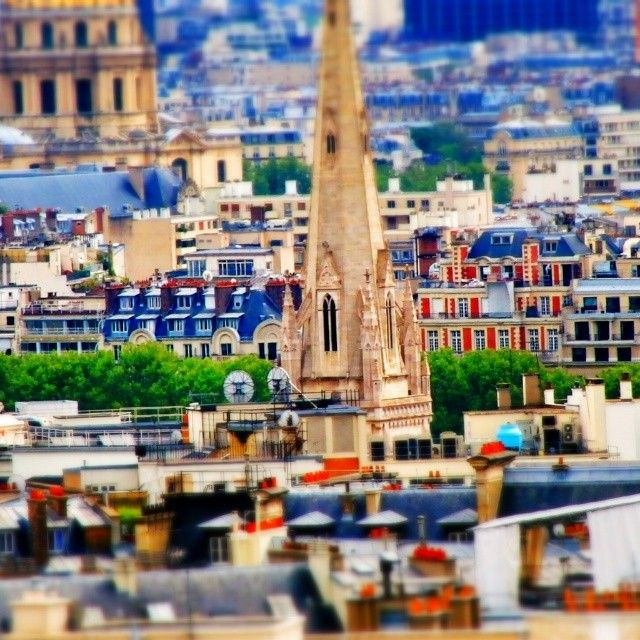 tilt shift paris series - the american cathedral in paris (church of the holy trinity) / #series #parisjetaime #tiltshift #tiltshiftparisseries #paris #postprocessing #snapseed #casioExF1