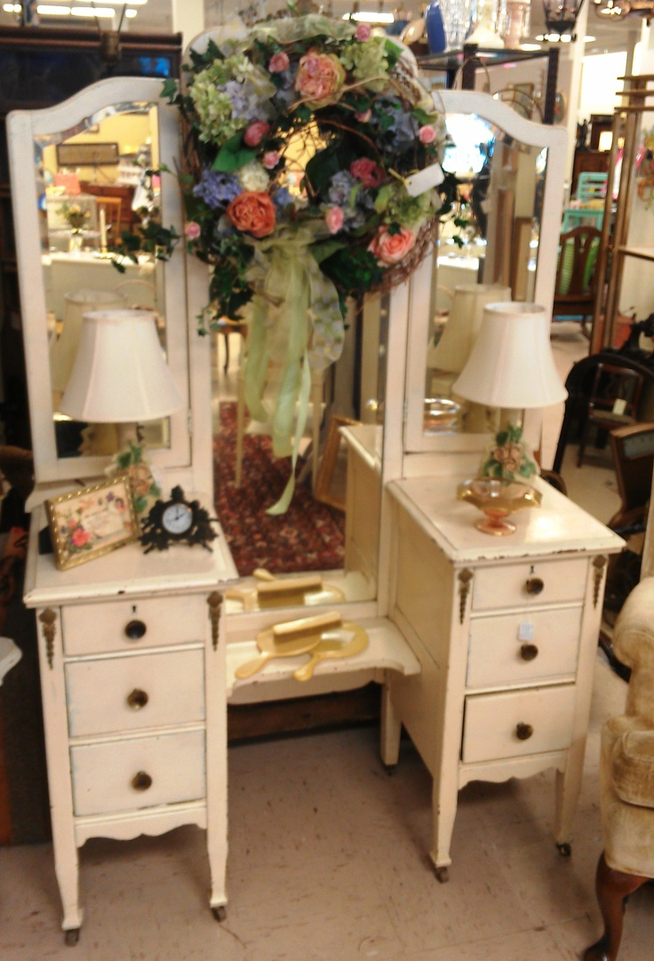Vintage vanity with 3-way mirror | Dressing Room Ideas ...