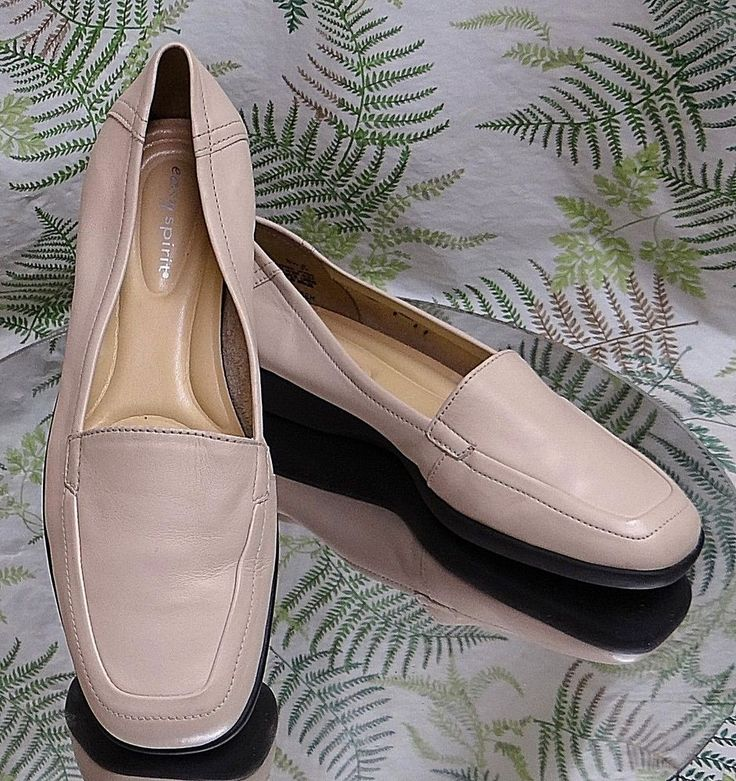 EASY SPIRIT BEIGE LEATHER LOAFERS DRESS COMFORT SHOES MOCS US WOMENS SZ 5.5 B #EasySpirit #Loafers #Casual