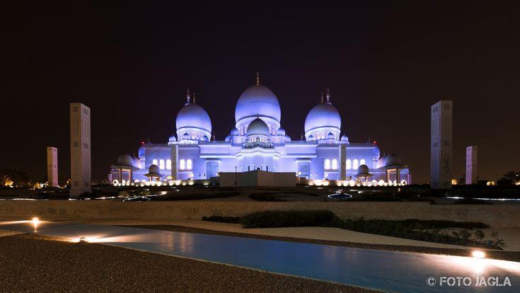 Scheich-Zayid-Moschee in Abu Dhabi (Vereinigte Arabische Emirate)