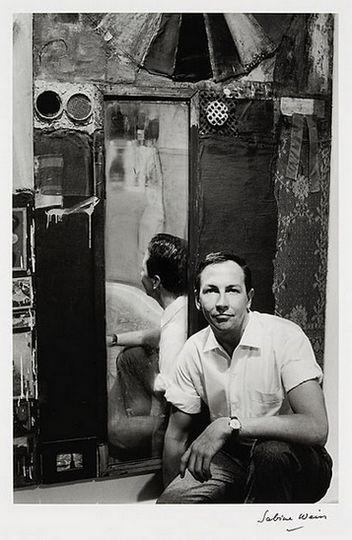 Robert  Rauschenberg 1964 by Sabine WEISS
