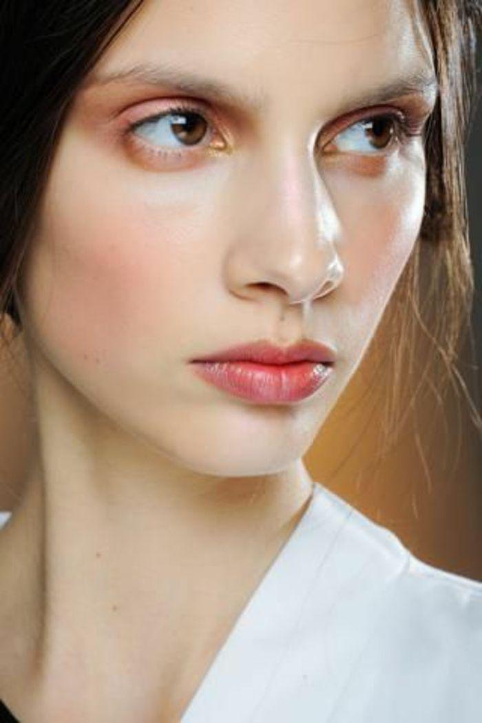 Les 25 meilleures id es concernant fard paupi res rose sur pinterest maquillage rose - Yeux couleur noisette ...