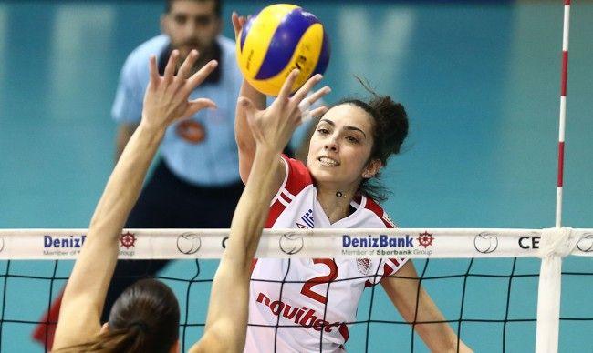 Παραμένει στον Ολυμπιακό η Μανωλίνα Κωνσταντίνου