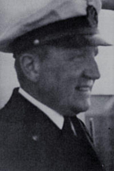 "Korvettenkapitän Adalbert Schneider (1904-1941), I Artillerieoffizier Schlachtschiff ""Bismarck"", Ritterkreuz 27.05.1941"