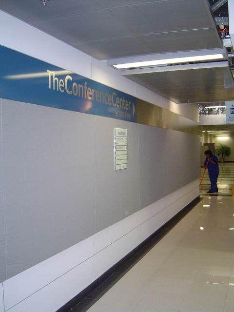 137 best images about plafones recubrimientos paneles y for Booking barcelona oficinas