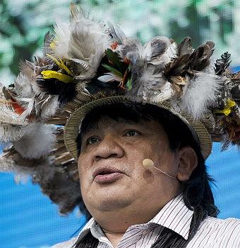 Indígenas en cumbre climática: Indígena En, Indígenas En