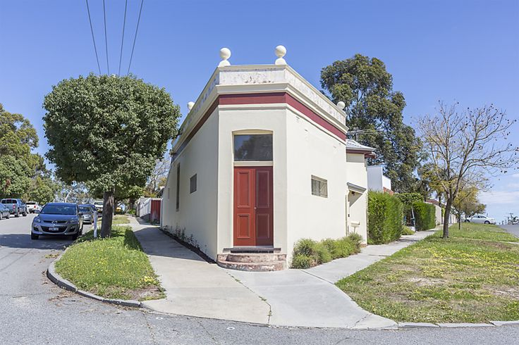 Recently sold home at 1 Monmouth Street, Mount Lawley, WA 2 bedrooms, 1 bathrooms, 1 car spaces