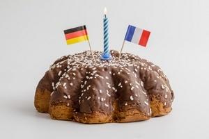 Aujourd'hui ce sont les 50 ans d'amitié franco-allemande. Retrouvez notre dossier sur l'emploi en Allemagne et notre quiz pour tester vos connaissances ;-)