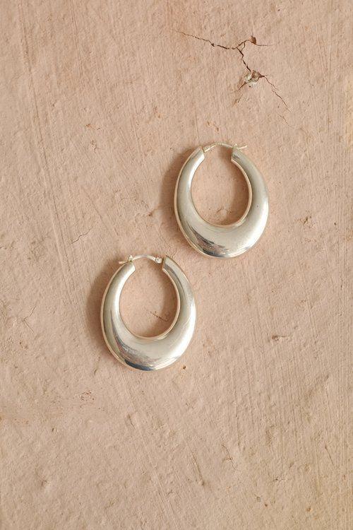 Minimal Silver Hoop Earrings #wildpoppygoods