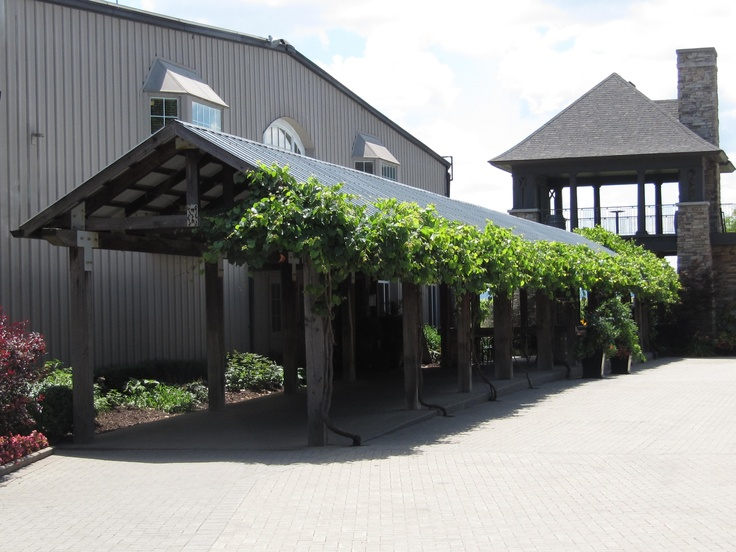 arbor at winery in Niagara on the Lake