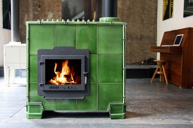 that is quite a stove!  leave it to the dutch  ;)