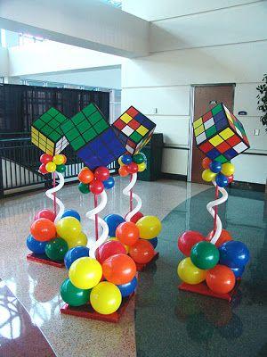 Decoración de Fiestas con Globos . La Decoración para una fiesta no tiene que difícil ni costoso. Aquí hay varias maneras de crear un ambien...