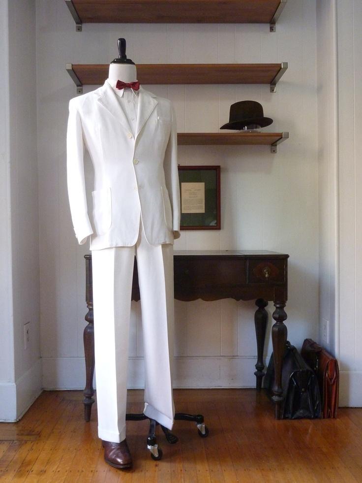 1930s De Pinna 2 Piece White Linen Suit.