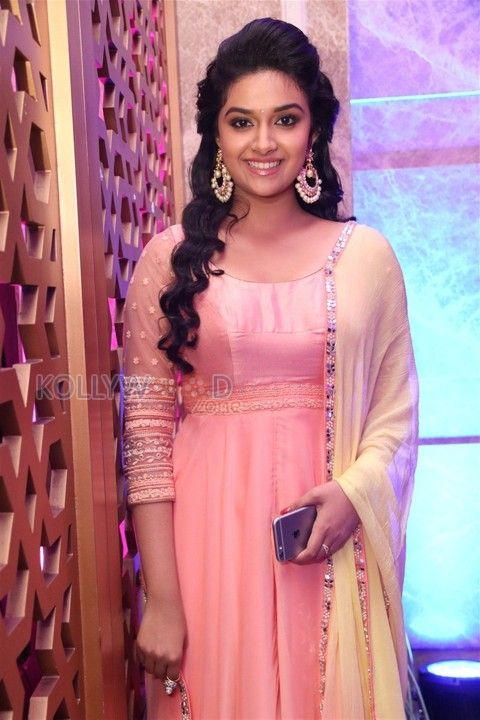 Remo Movie Heroine Keerthy Suresh See more photos at http://www.kollywoodzone.com/cat-keerthi-suresh-7091.htm #Remo #KeerthiSuresh #Actress