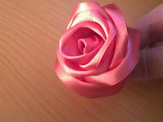 A BEAUTIFUL PINK SATIN RIBBON - EASY TO DO! ARE BEAUTIFUL!